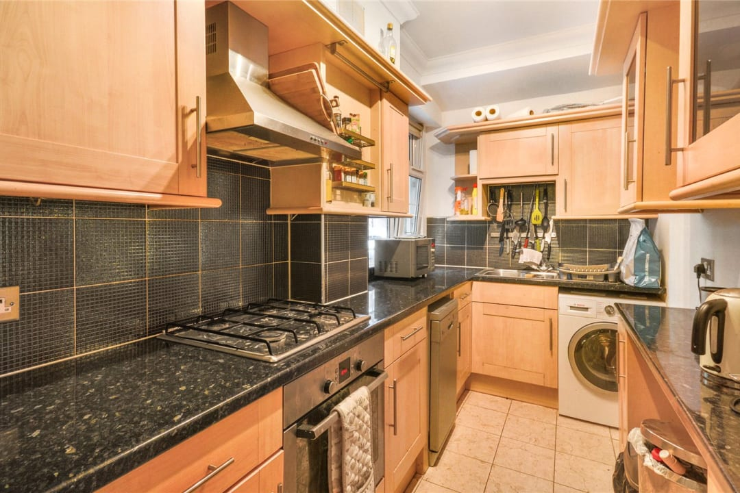 Flat to rent in St. Olaves Estate, Druid Street, SE1 2EX - view - 1