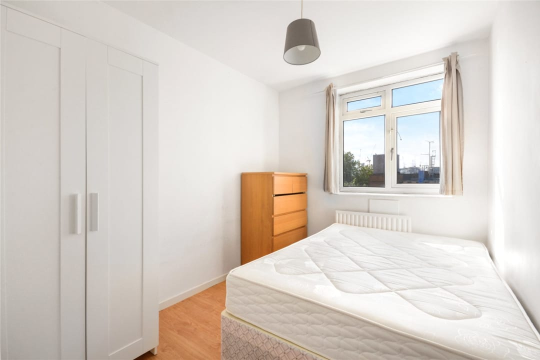 Flat to rent in Temple Court, Thorncroft Street, SW8 2BD - view - 4