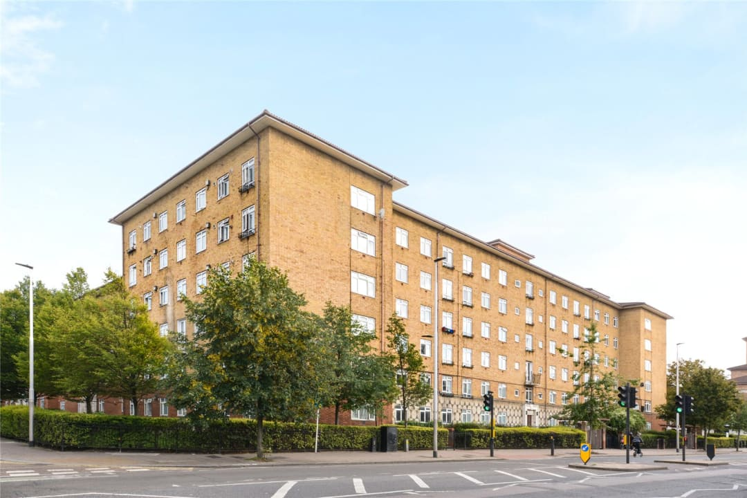 Flat to rent in Temple Court, Thorncroft Street, SW8 2BD - view - 9