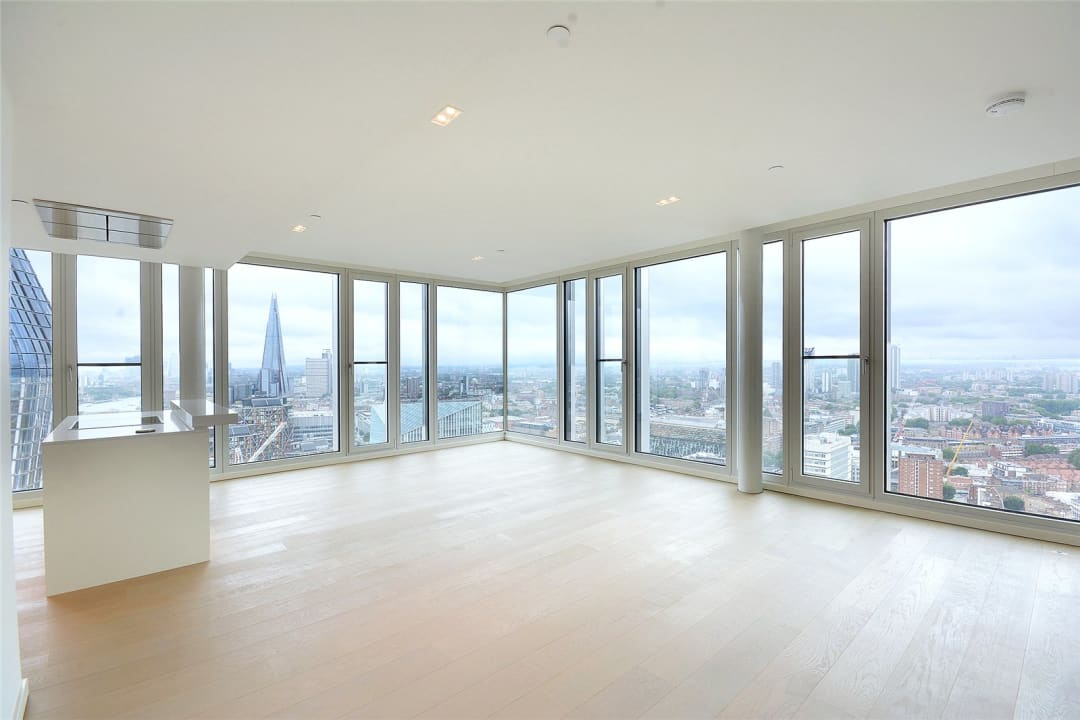 Flat to rent in Upper Ground, London, SE1 9RB - view - 1