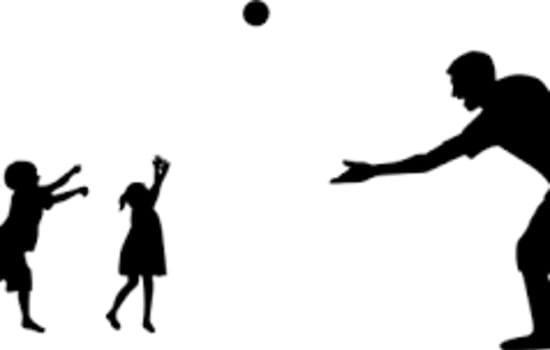 Ruch rozwijający – zabawy dzieci i rodziców