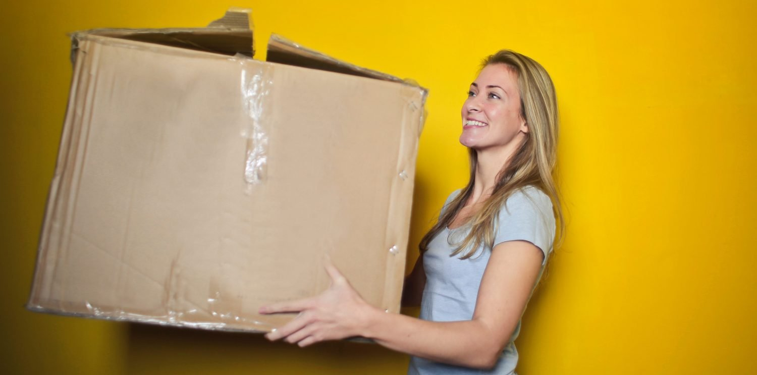 The Buyers Are Coming! 23 Packing Tips for Moving When the Pressure's On