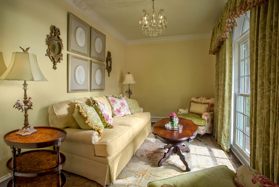 southern style custom furniture and drapery