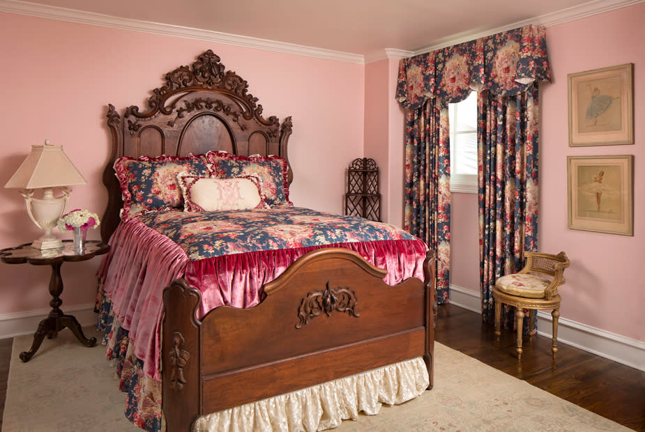 guest bedroom southern style interior design