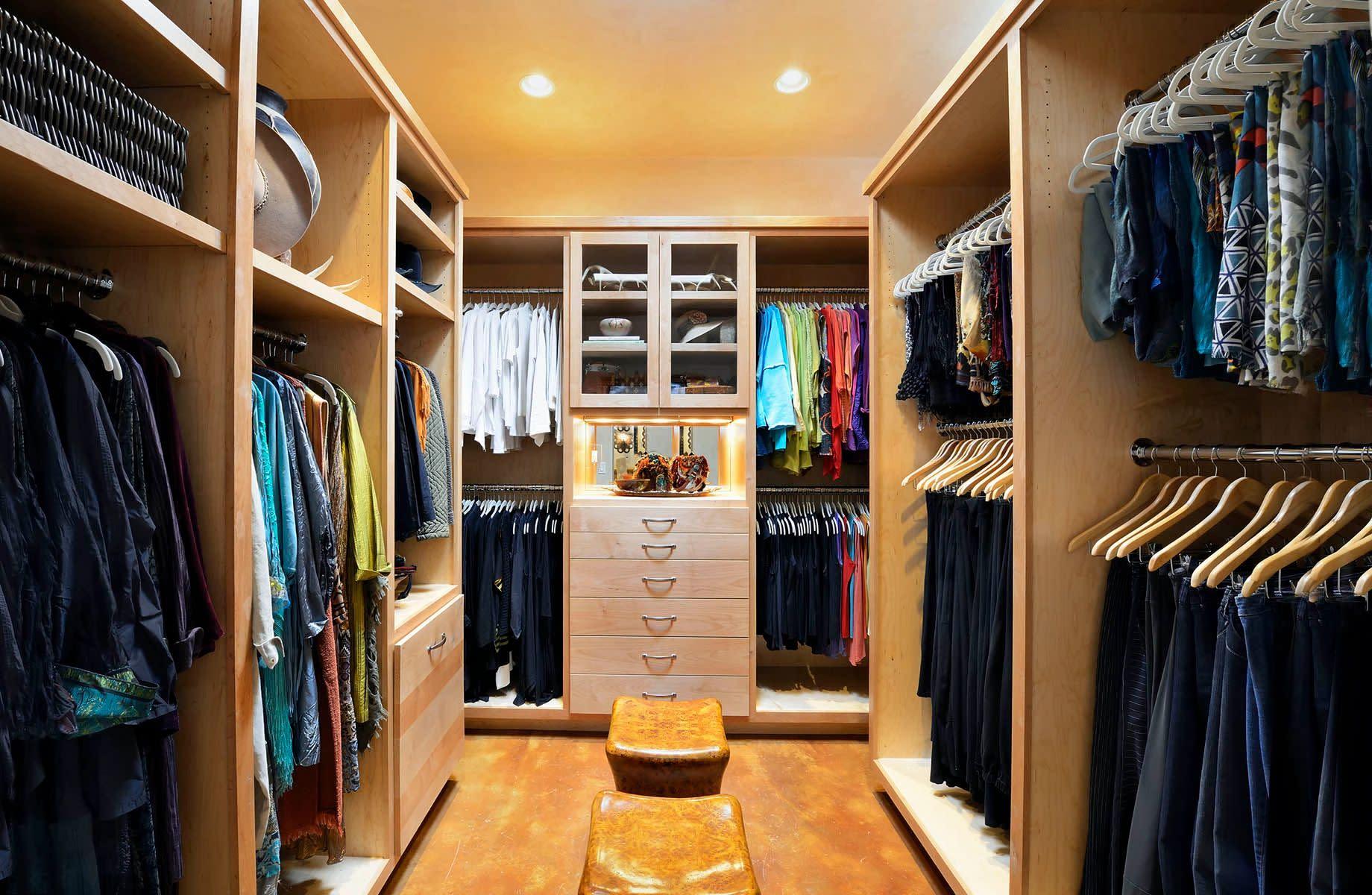 closet in santa fe