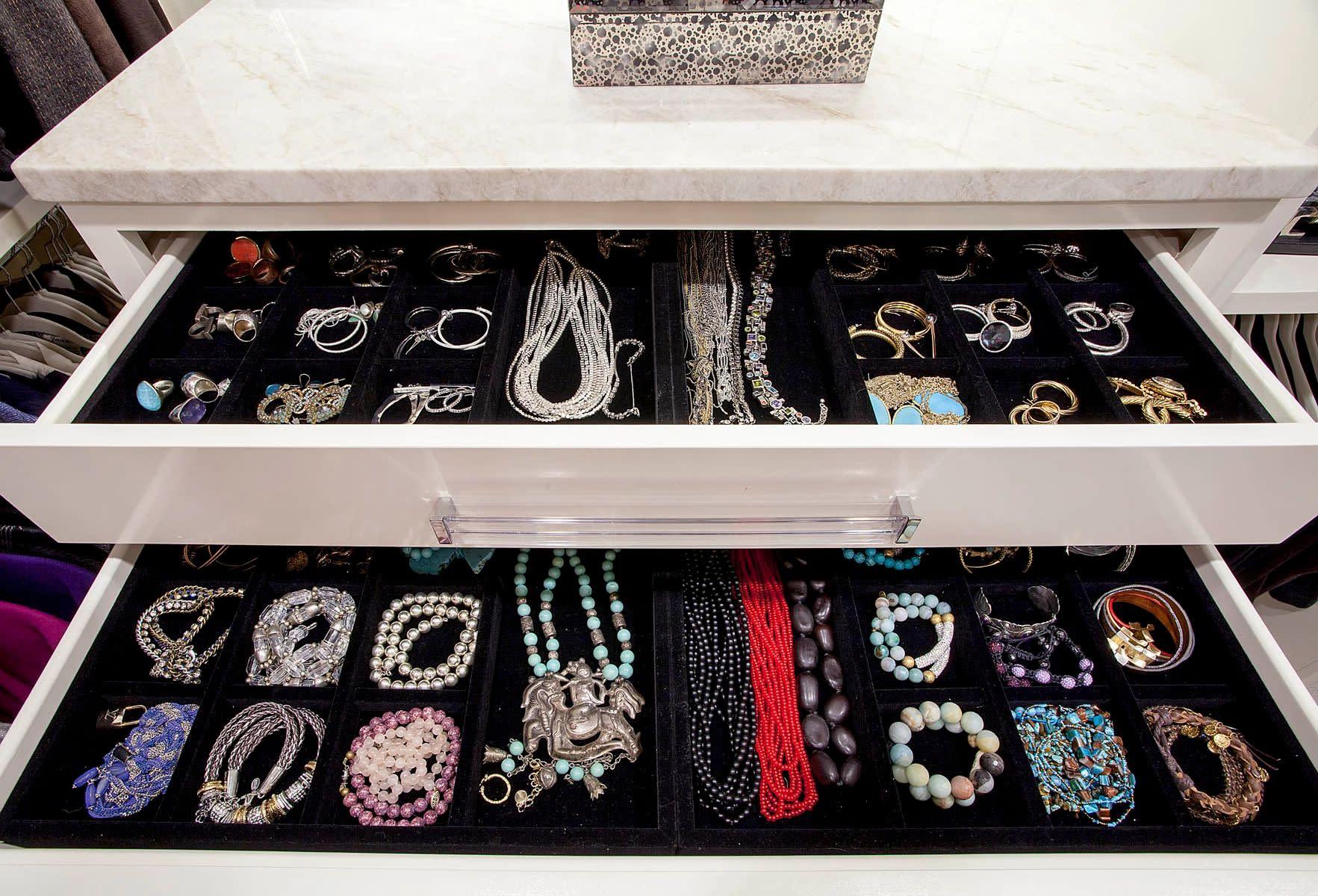 closet jewelry accessories
