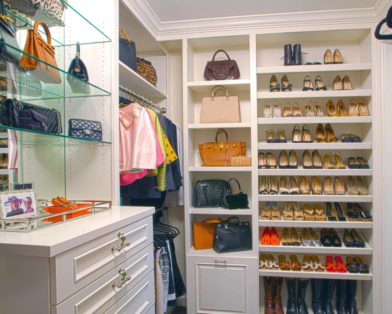 walk in closet with shoe storage
