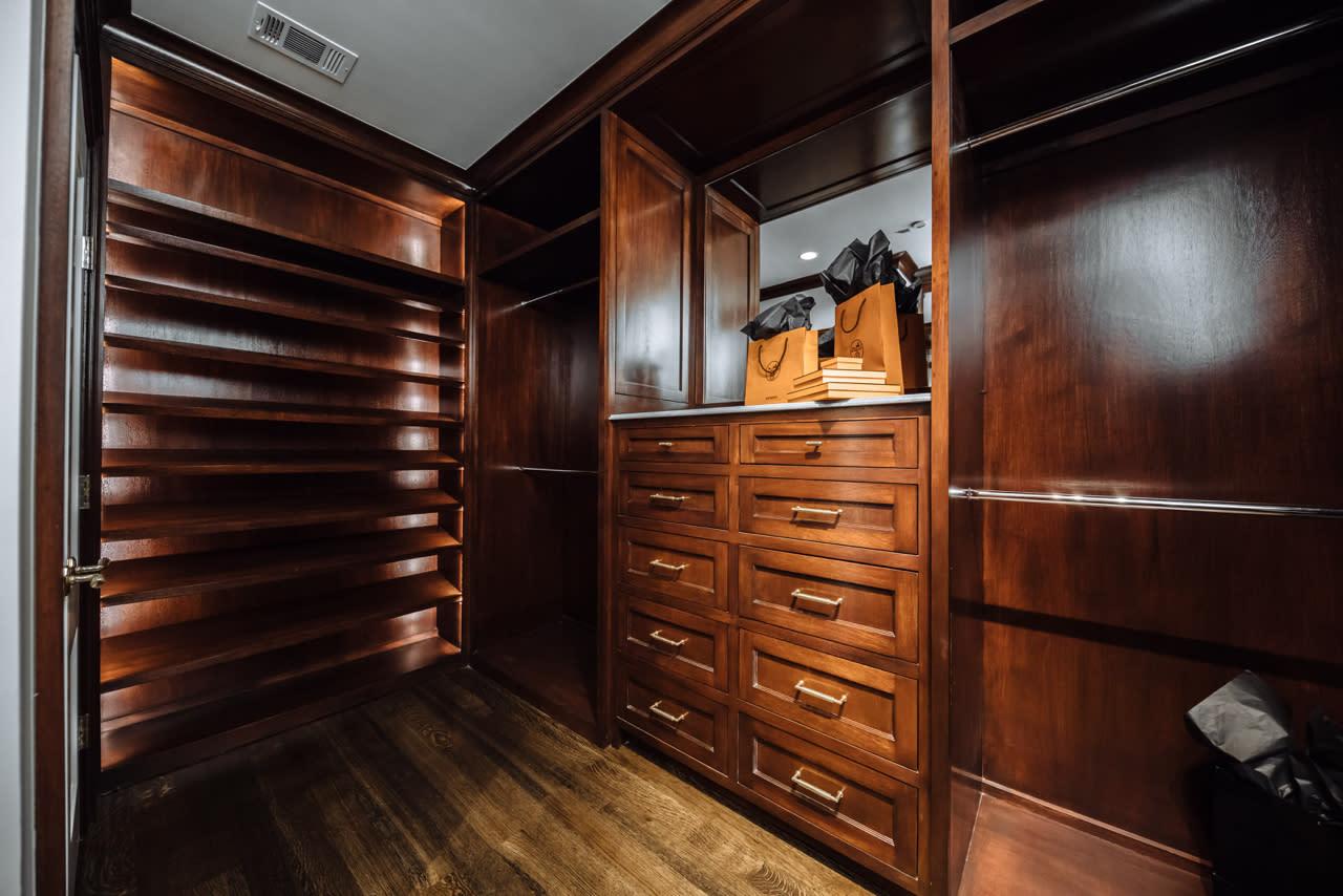 wood custom closet