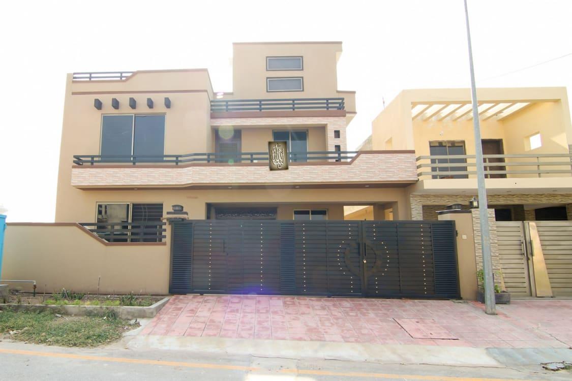 10.29 Marla House For Sale | Graana.com