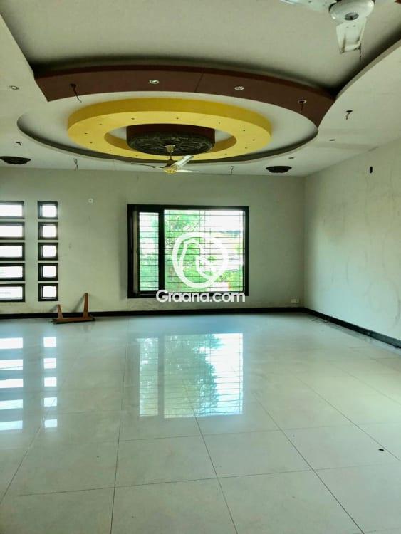 427 Sqyd House for Sale | Graana.com