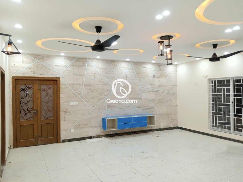 550 Sq. Yd. House for Sale  | Graana.com