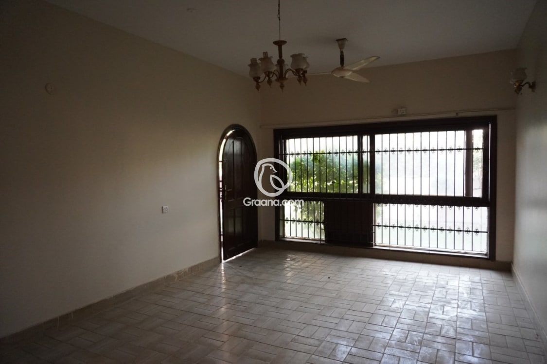 2400 Sqft Apartment for Sale | Graana.com