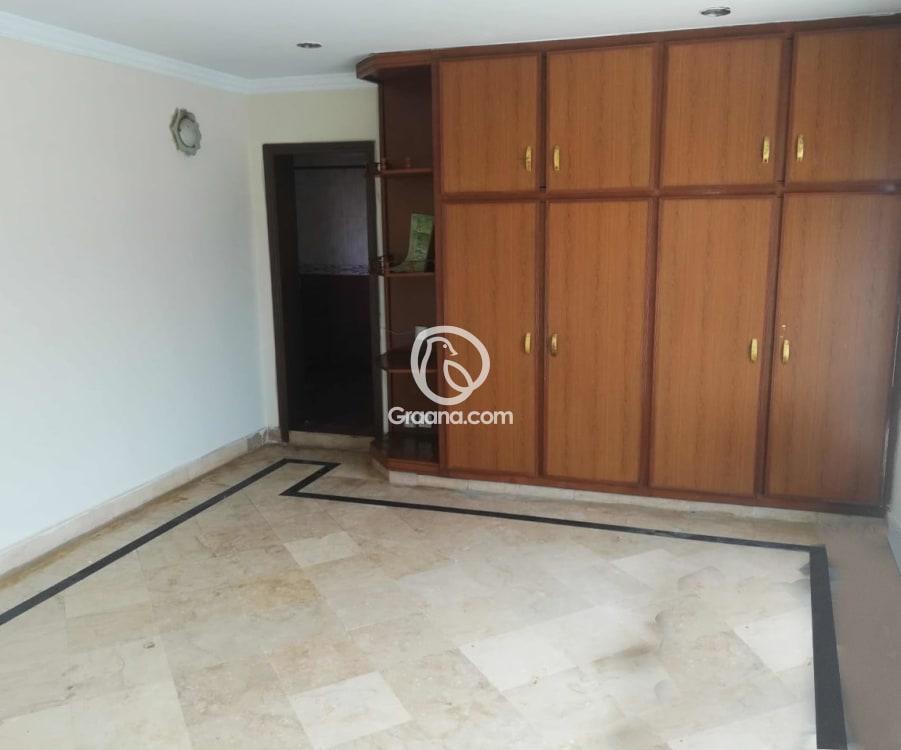 Upper Portion for Rent   Graana.com