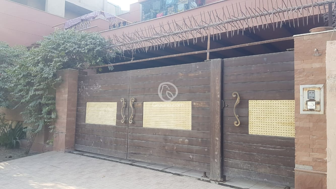 10.75 Marla House For Sale | Graana.com
