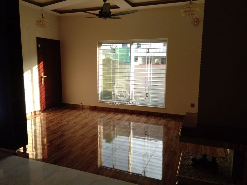 5.5 Marla House For Sale | Graana.com