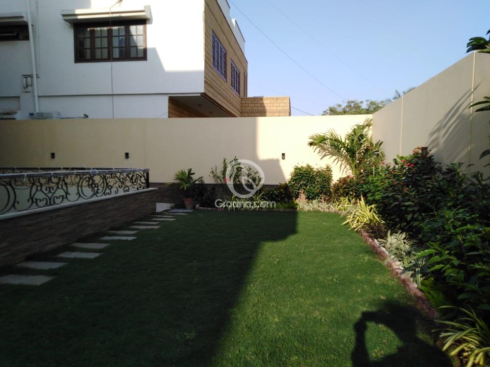 2200 Sqyd House for Sale | Graana.com