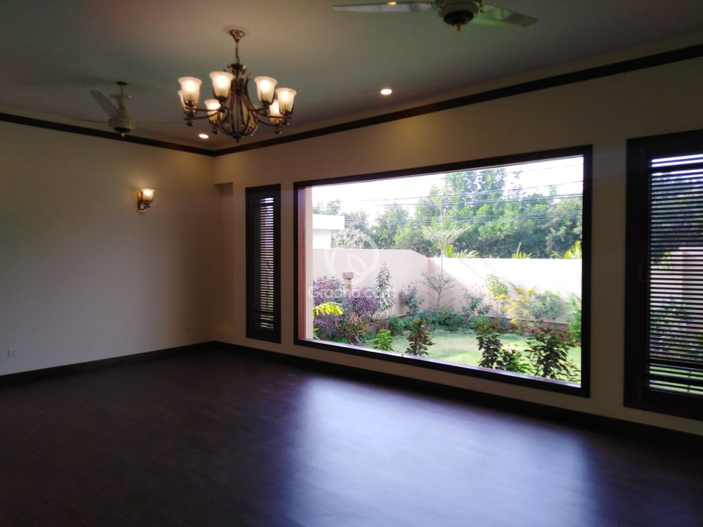 2000 Sqyd House for Rent | Graana.com