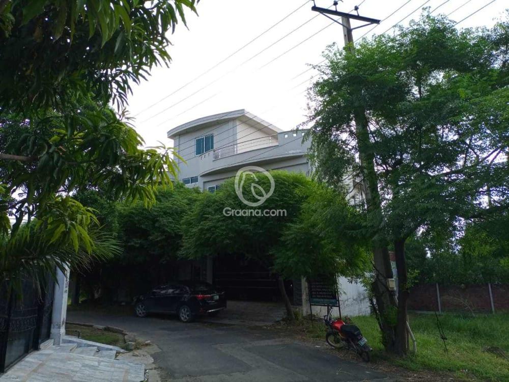 9.5 Marla House For Sale | Graana.com
