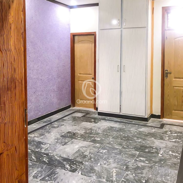 12 Marla Upper Portion For Rent | Graana.com