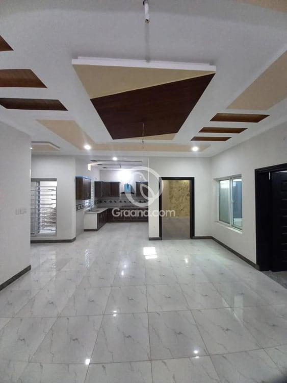 8.5 Marla House For Sale | Graana.com