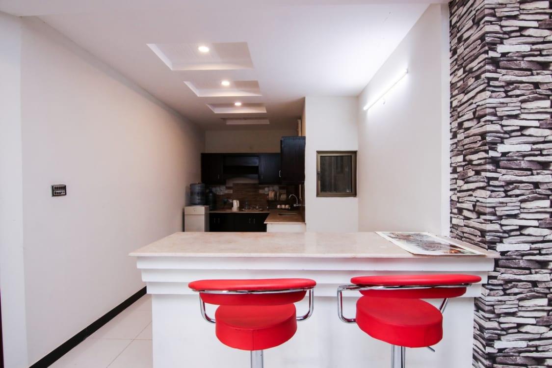 1400 SqFt Office For Rent | Graana.com