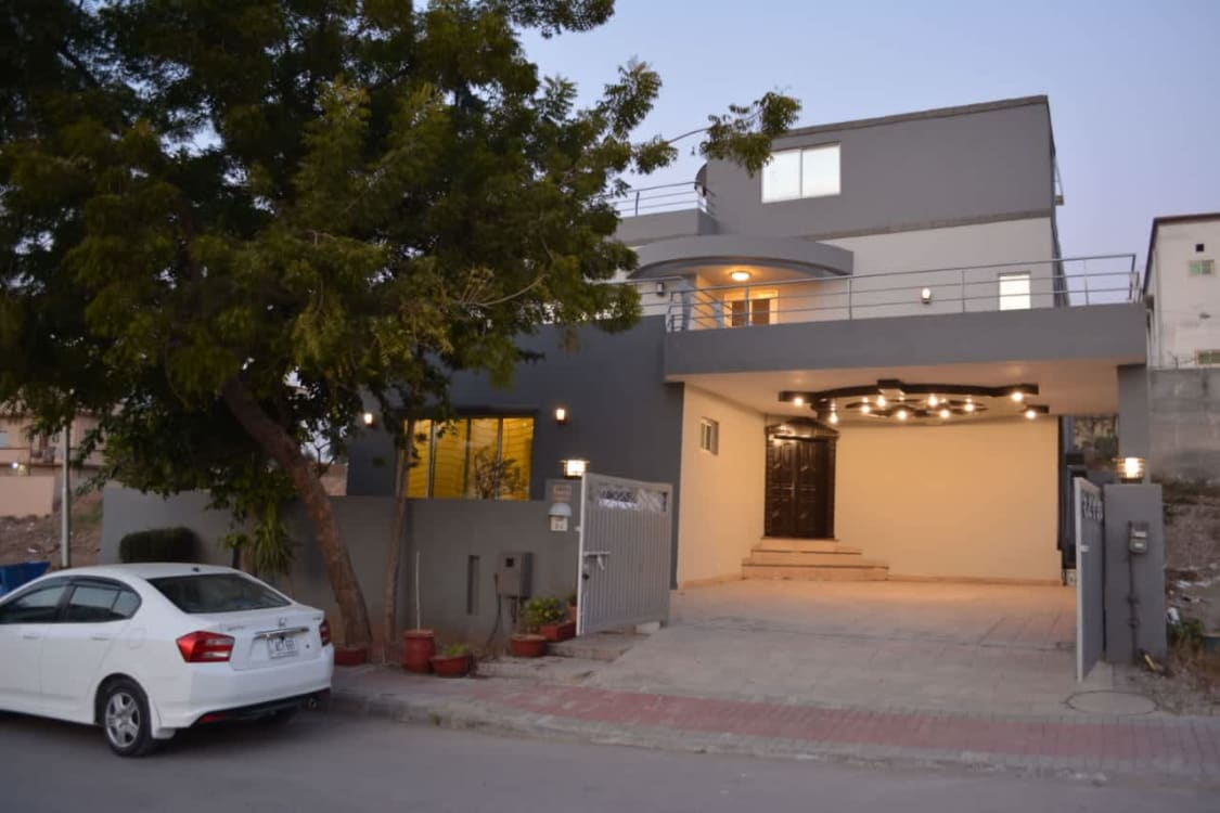 Brand New 10 Marla  House for Sale at The Prime Location of Bahria Town Phase 3 | Graana.com