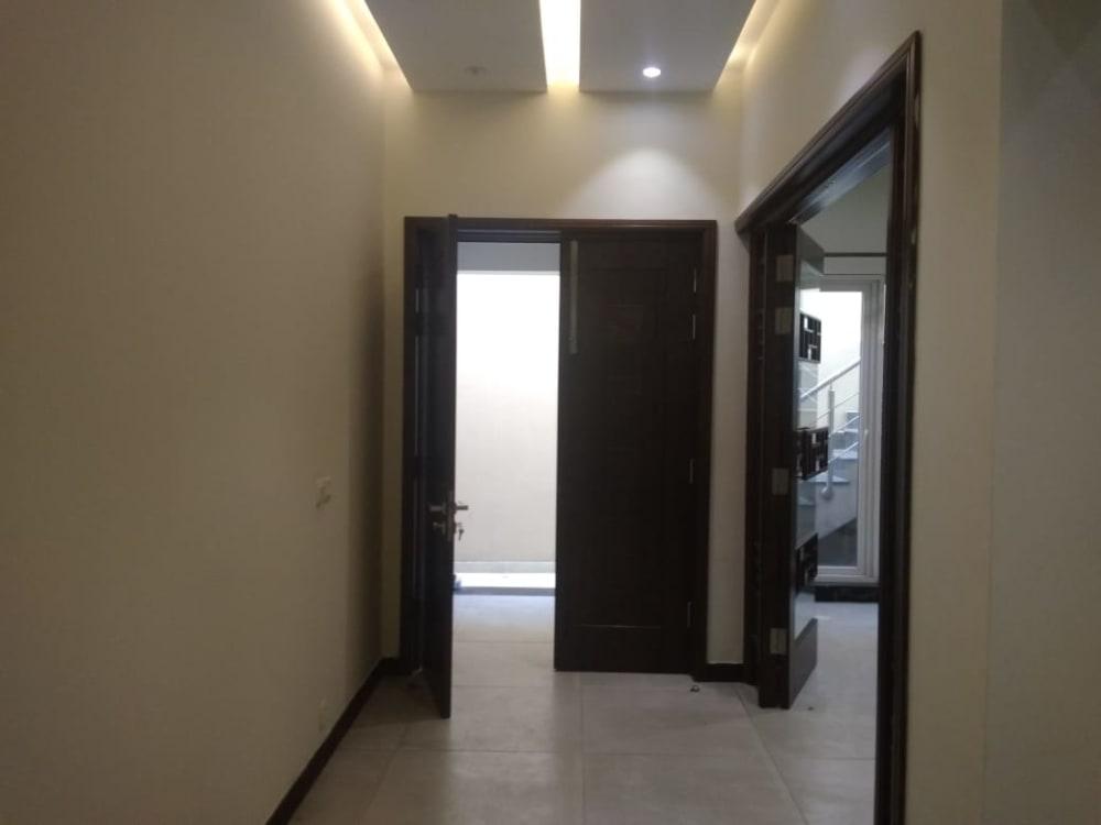 8.4 Marla House For Sale | Graana.com