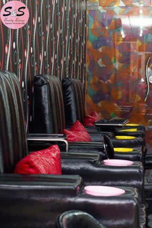 Beauty Saloon For Sale in PWD   Graana.com