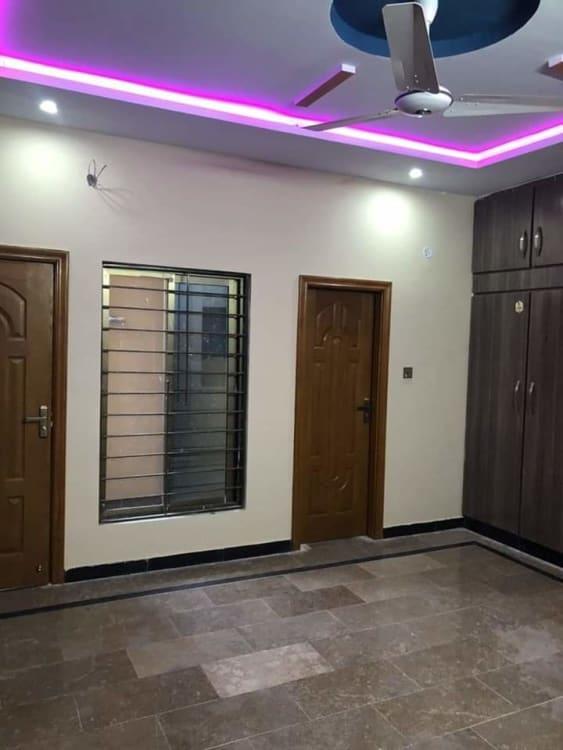 11 Marla House For Rent   Graana.com