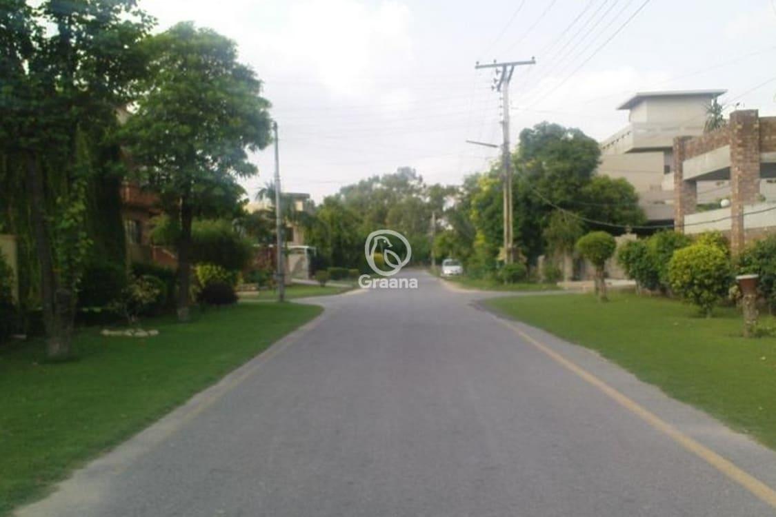 0.31 Acre Farmhouse Plot For Rent | Graana.com