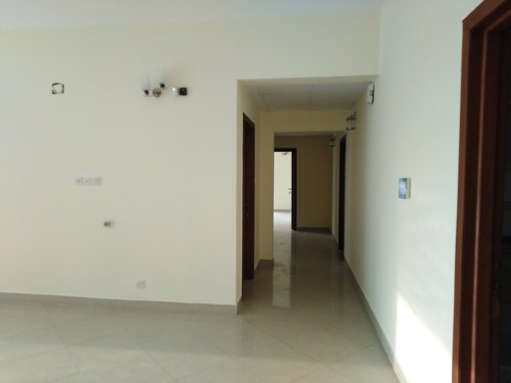 5500 Sqft Apartment For Sale | Graana.com