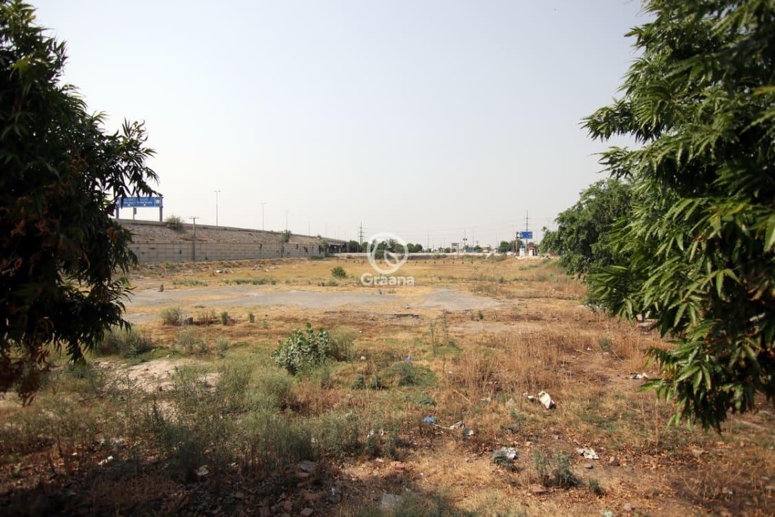 10 Marla Plot For Sale In Bankers Avenue 122 D Block Lahore | Graana.com