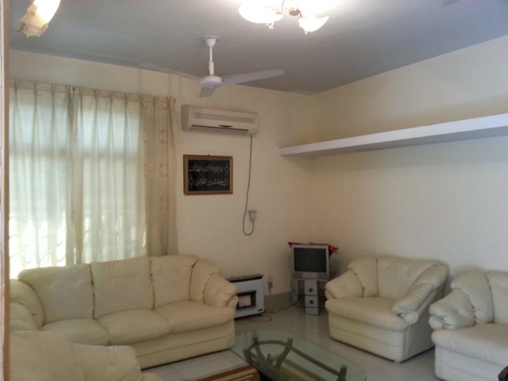 16.02 Marla House For Sale | Graana.com
