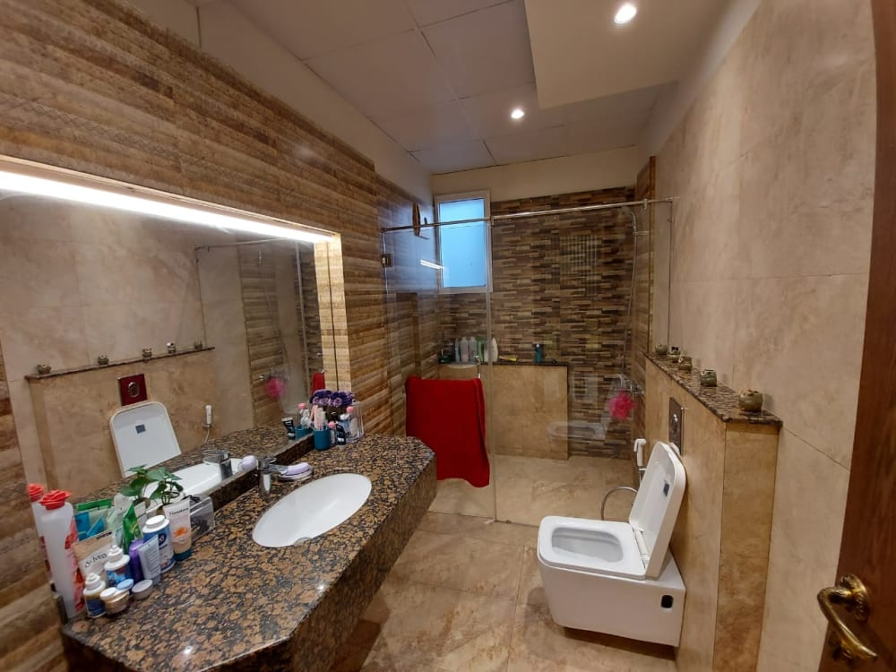 220 Sqyd House for Sale | Graana.com