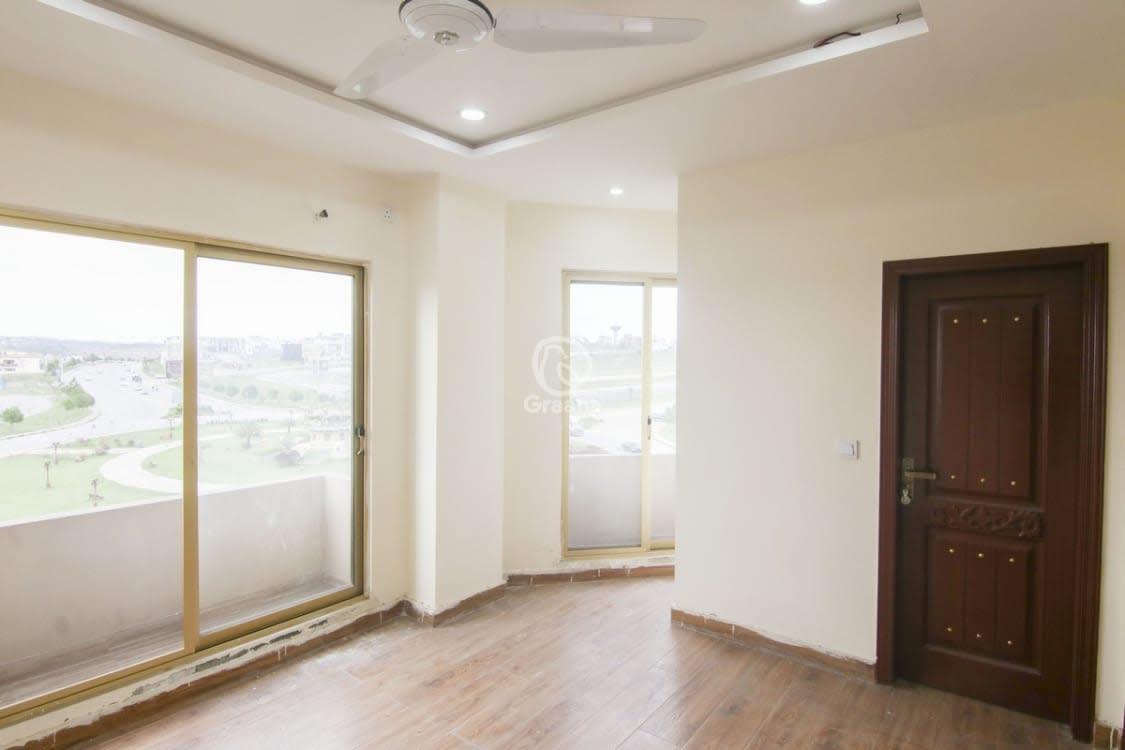 640 Sqft Apartment For Sale | Graana.com
