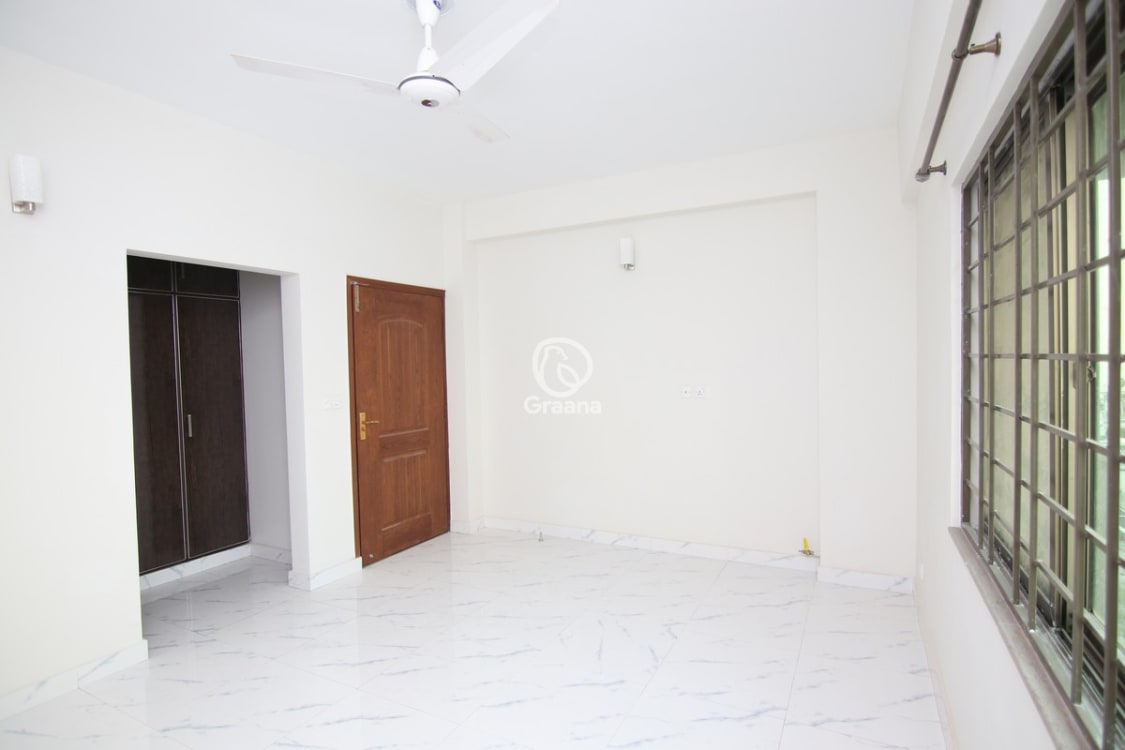 2700 SqFt Apartment For Rent | Graana.com