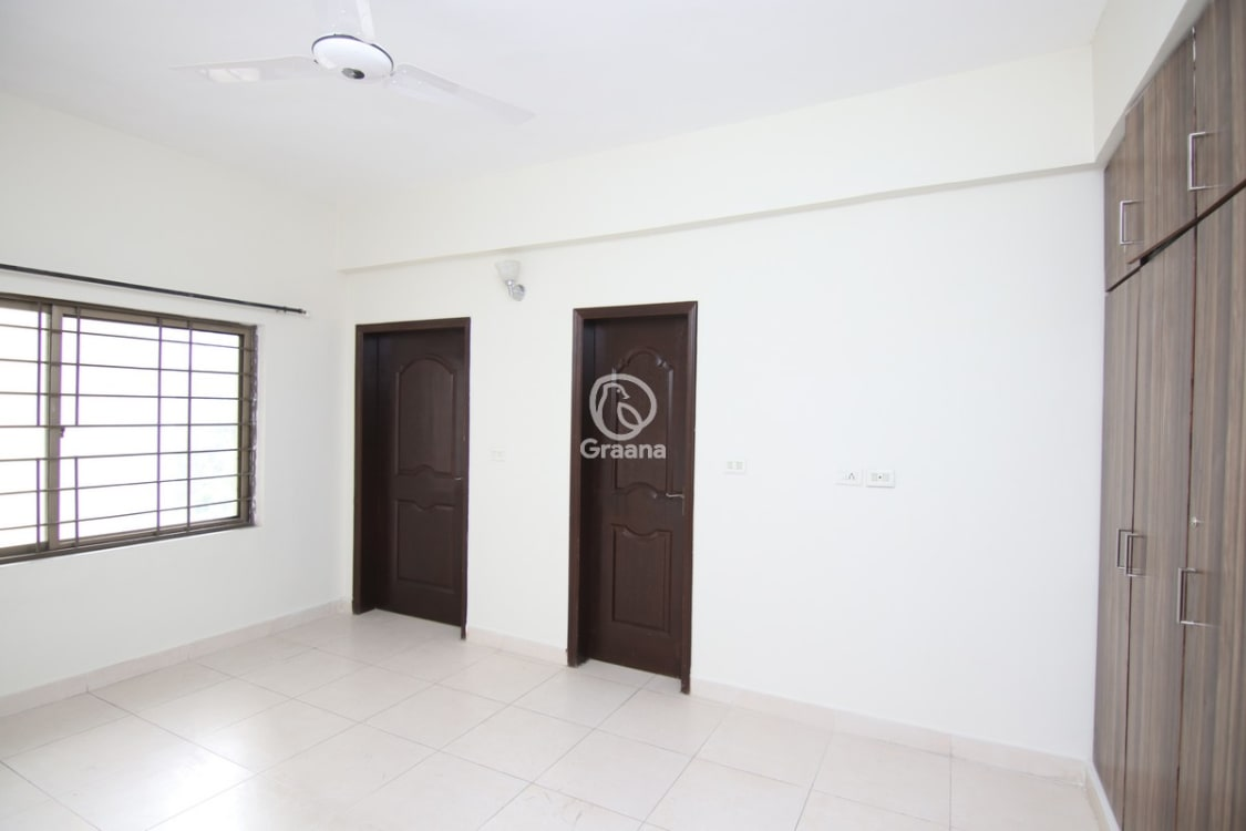 2250 SqFt Apartment For Rent | Graana.com
