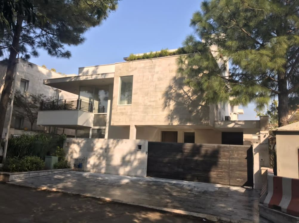 1.95 Kanal House For Sale | Graana.com