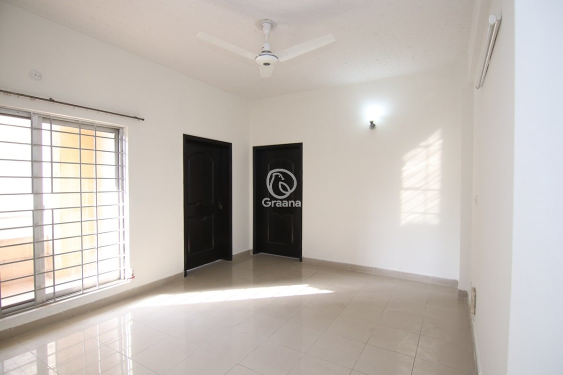 1125 SqFt Apartment For Rent | Graana.com