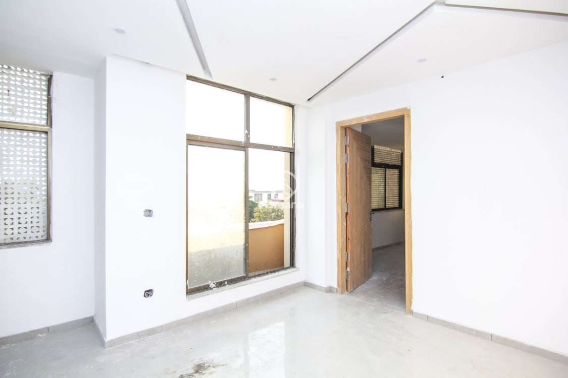 Apartment For Sale | Graana.com