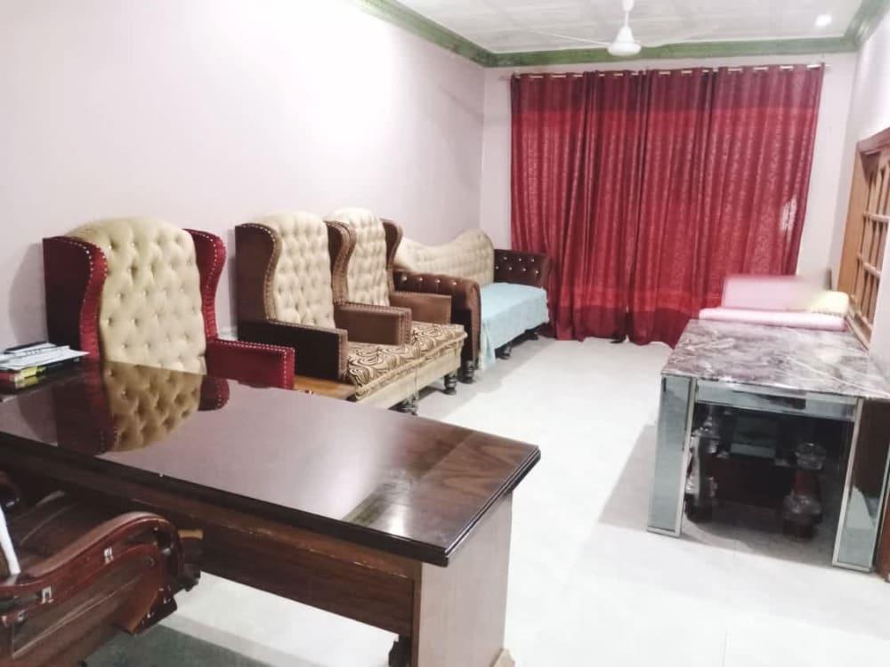 90 Sqyd Upper Portion for Rent | Graana.com