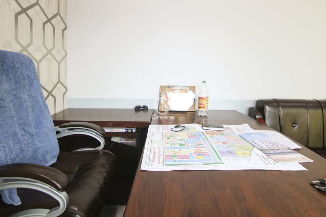 250 Sqft Office for Sale   Graana.com