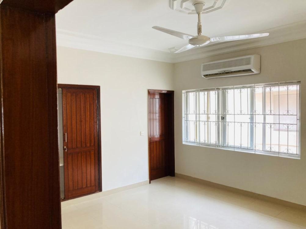 400 Sqyd House for Sale    Graana.com