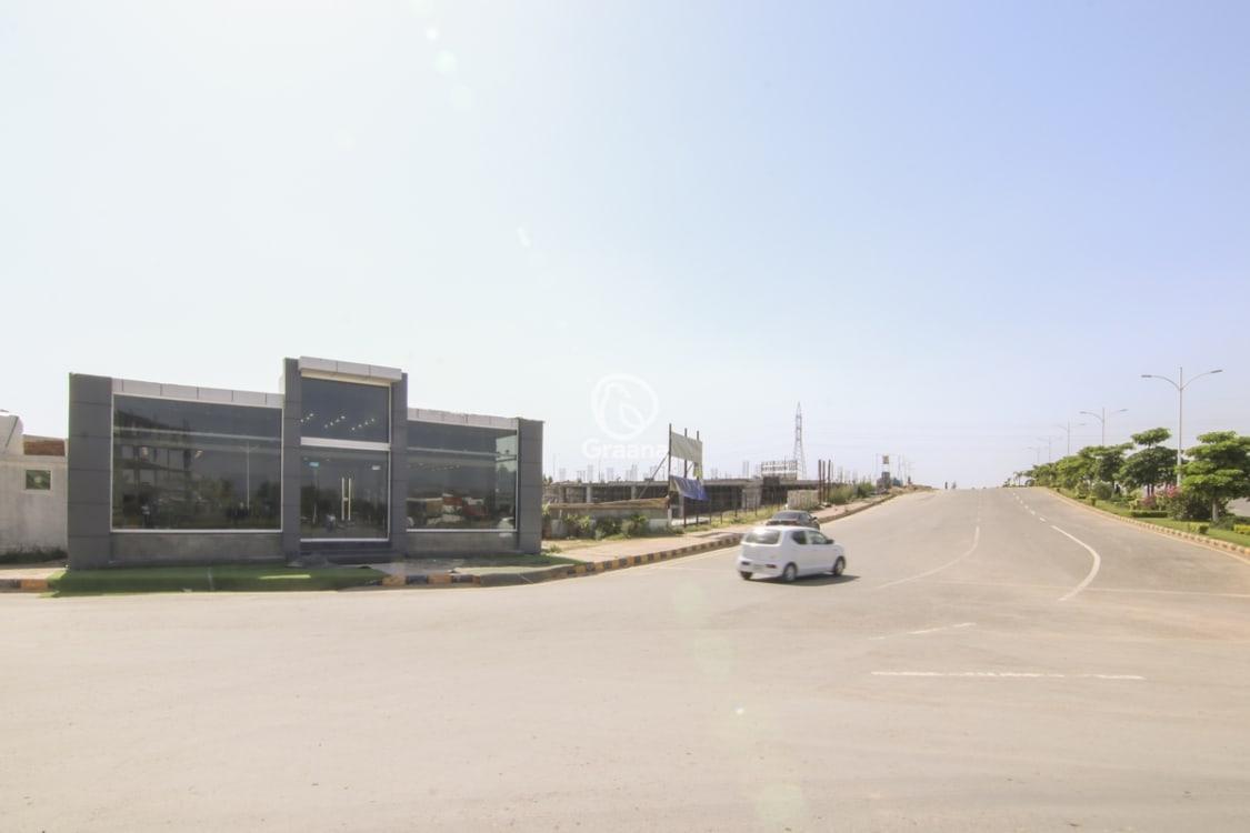868 Sqft Grey Structure Apartment for Sale | Graana.com