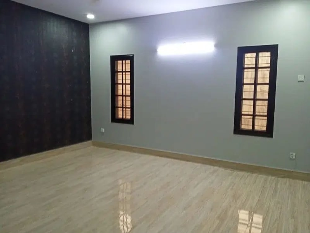 240 Sqyd  Town House for Rent | Graana.com