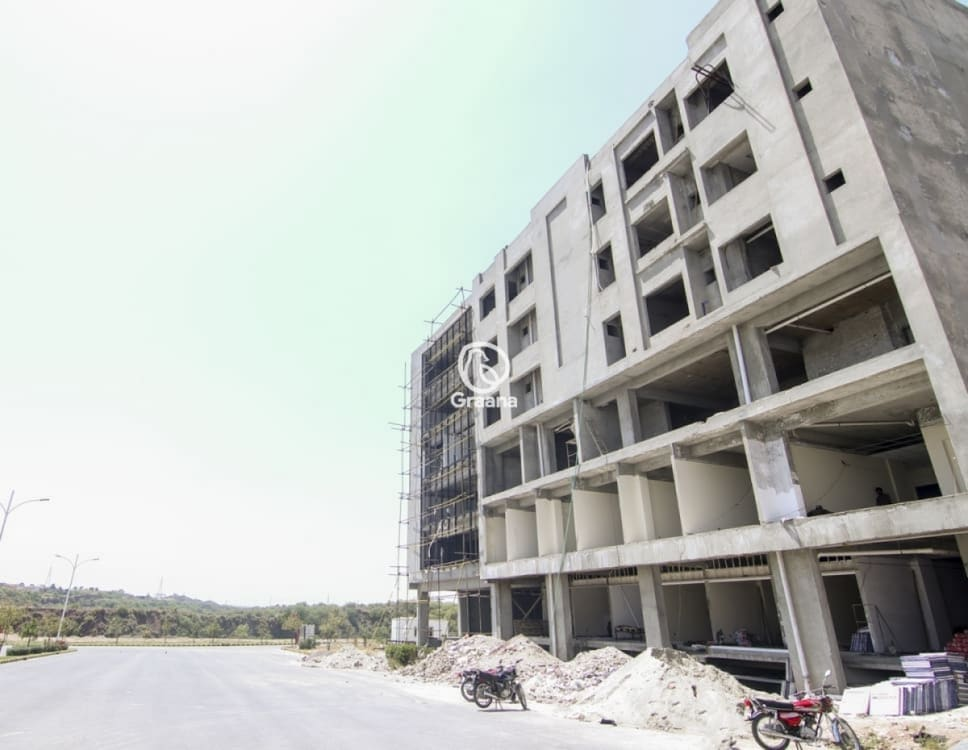 985 Sqft Grey Structure Apartment for Sale  | Graana.com