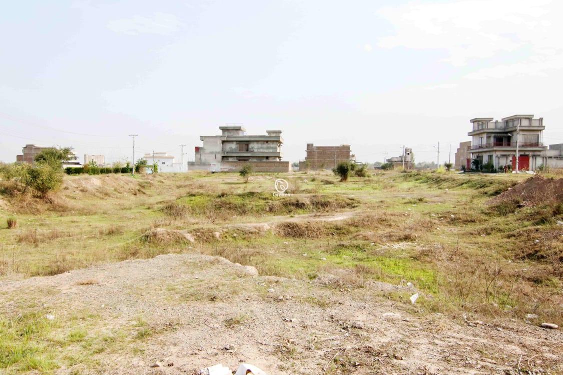 5 Marla Residential Plot For Rent | Graana.com