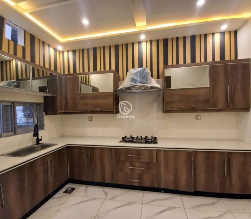 9 Marla House For Sale | Graana.com