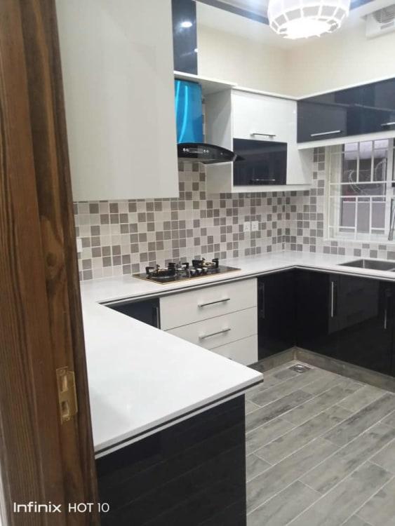 10 Mrala House for Sale    Graana.com