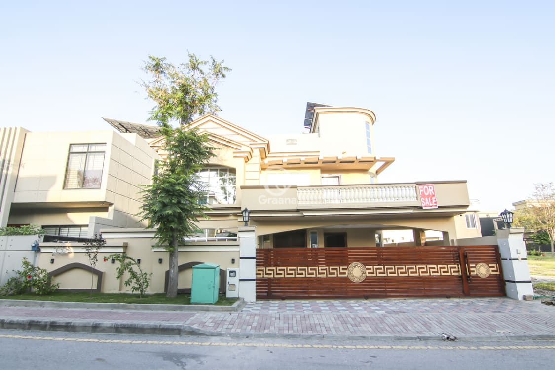 1 Kanal House For Sale In Bahria Town Phase 7 | Graana.com
